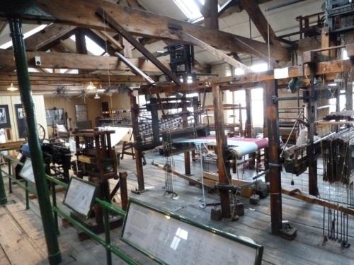 Paradise Mill Jacquard Looms 02